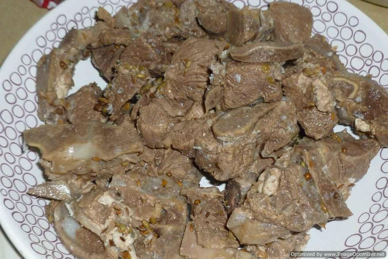 Cooking yakhni pulao